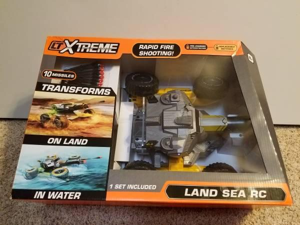LTXtreme Land Sea RC with Rapid Fire Missiles