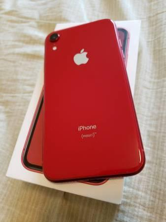 Iphone XR 64gb T-mobile MetroPCS includes box and all accessories