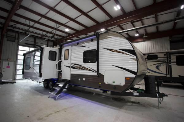 2018 Forest River Wildwood 27REI Rear Entertainment On Clearance!!