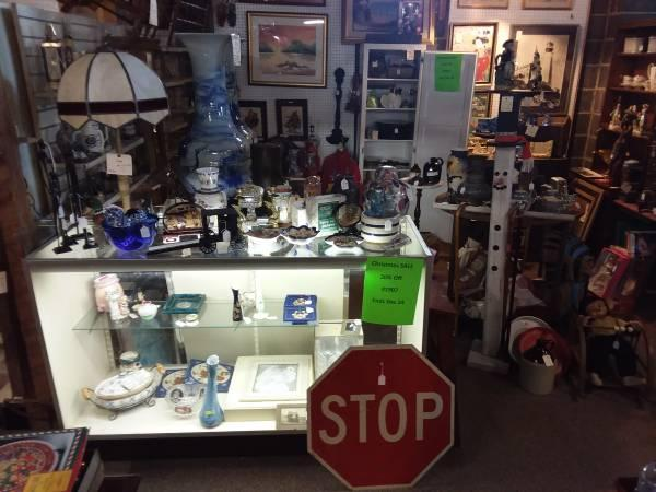 Sale! Clocks, Lamps, Cast Iron, Signs, Action Figures, Cards, Toys