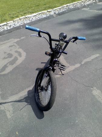 mongoose 20 boys bmx bicycle for sale