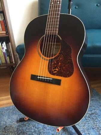 Waterloo Jumbo King Acoustic Guitar for Sell/Trade