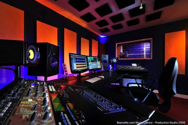 Mixing & Mastering Engineer, Specialize in EDM and Bass heavy genres!