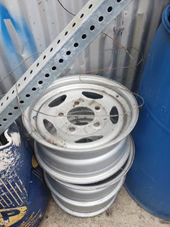 Range Rover or Discovery Steel Wheels - Full Set