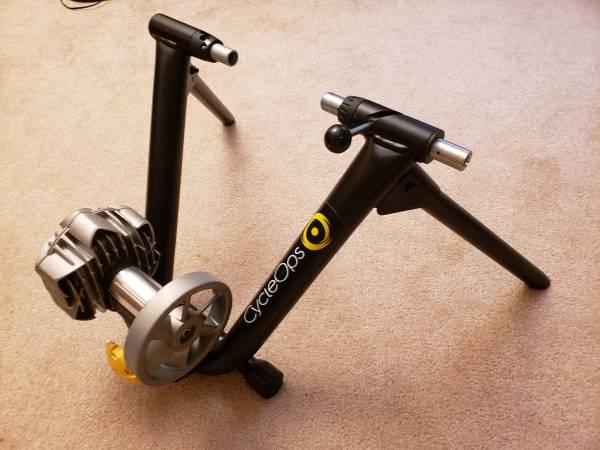 CycleOps Fluid Trainer , indoor bicycle trainer