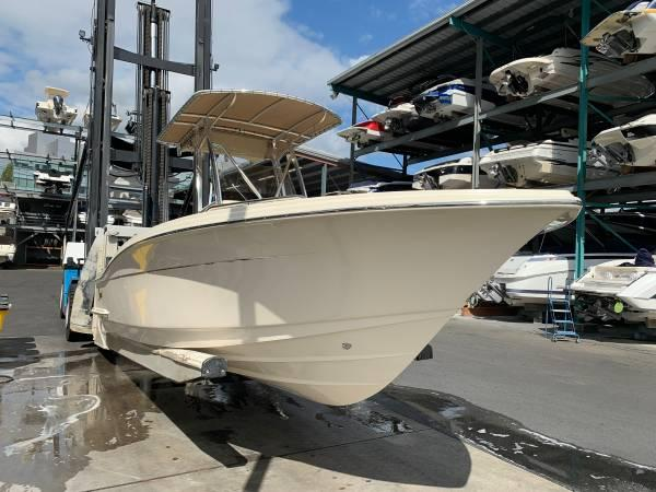 Scout Boats 215 XSF BLOWOUT AT DEALER COST!!!