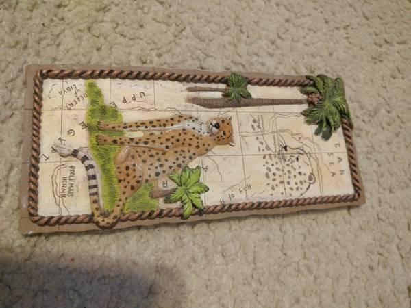Cheetah Wall Plaque (Small)